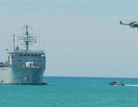 2 máy bay quân sự Trung Quốc được phép vào vùng biển Việt Nam