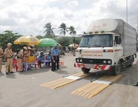 Bộ trưởng Thăng: Kiểm soát tải trọng xe 24/24h