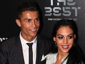 """Nhìn lại 3 mối tình sâu đậm của C.Ronaldo và những bài học """"thấm thía"""""""