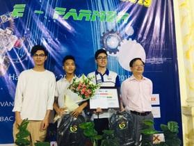 """Lộ diện 2 thí sinh đoạt giải nhất cuộc thi """"Robot thu hoạch nông nghiệp"""""""