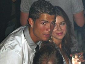 C.Ronaldo đối diện tình tiết bất lợi trong vụ kiện hiếp dâm