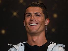 C.Ronaldo không có đối thủ về khả năng kiếm tiền