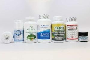 """FDA đã cảnh báo 14 công ty quảng cáo sai về các sản phẩm """"chữa"""" ung thư."""