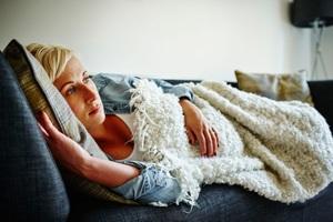 6 triệu chứng thầm lặng của ung thư đại tràng - 1