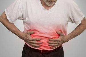 """Nam giới ngoài 50 tuổi có thể bị ung thư đại trực tràng """"ghé thăm"""""""