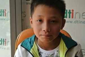 Bạn đọc Dân trí giúp cậu bé bị ung thư vòm họng hơn 127 triệu đồng - 1