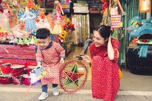 Làm mẹ đơn thân, Dương Cẩm Lynh cố vun vén cho con một tuổi thơ êm đẹp - 3