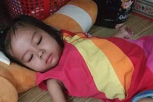 Người mẹ đơn thân cầu xin mọi người cứu con gái 4 tuổi - 3