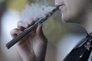 Thuốc lá điện tử có thể gây ung thư phổi