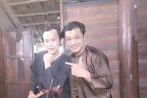 Lý Hùng và Hoài Linh trên phim trường.