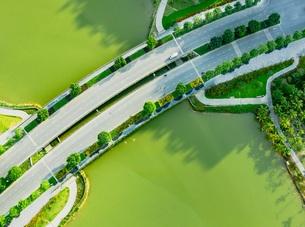 Cận cảnh những cây cầu đẹp lung linh tại thành phố xanh ngay gần Hà Nội