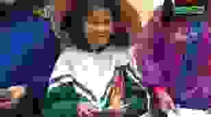 Tặng 300 triệu đồng của bạn đọc Dân trí đến người dân rốn lũ Quảng Bình