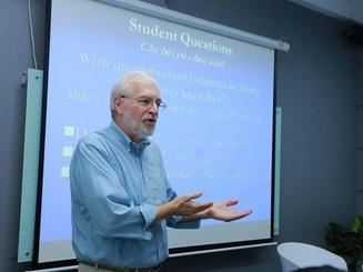 """Tiến sĩ giáo dục ĐH Mỹ: """"Học cách học là kĩ năng quan trọng nhất trong cuộc đời"""""""