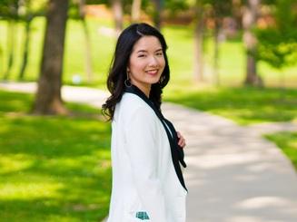 """Thủ khoa Việt tại ĐH Dược Tyler: """"Khởi đầu muộn, đi đường vòng để đỡ gánh nặng cho bố mẹ"""""""
