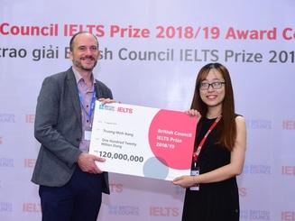 Ba thí sinh Việt Nam xuất sắc nhận Học bổng IELTS Prize
