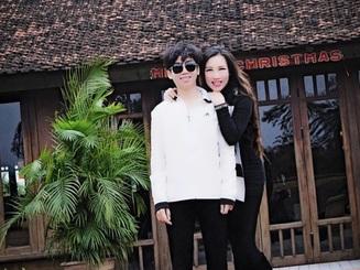 """Mẹ nam sinh Việt nói 8 thứ tiếng: """"Dạy con thành nhân trước khi thành tài"""""""