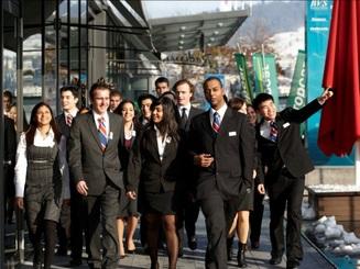 Hỗ trợ vé máy bay du học ngành Khách sạn, Du lịch, Đầu bếp tại BHMS
