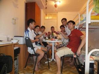 Du học sinh Việt tại xứ Tuyết đón chào 2013