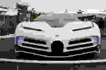 CR7 vung tiền mua siêu xe đắt nhất thế giới Bugatti Centodieci