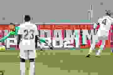 Real Madrid hạ gục Barcelona tại Nou Camp