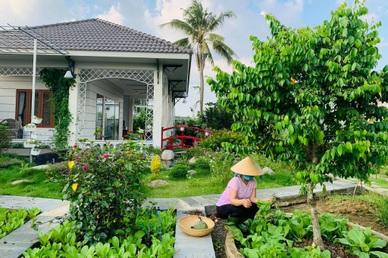 """Khu vườn 720m2 đẹp như """"resort thu nhỏ"""" người chồng tặng vợ ở Đồng Nai"""