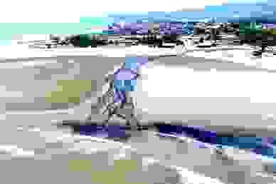 """Chính thức đo độ ô nhiễm vụ xả thải """"đen ngòm"""" cả một vùng biển"""