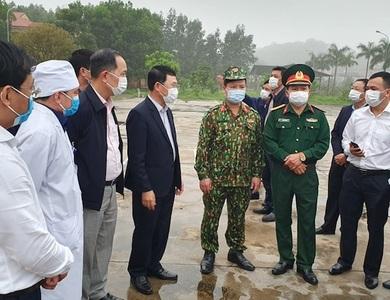 Bắc Giang công bố nhiều đường dây nóng sau chỉ đạo cách ly nghiêm ngặt