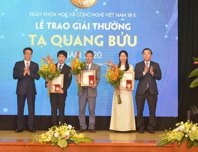 Trao Giải thưởng Tạ Quang Bửu năm 2020 cho ba nhà khoa học xuất sắc