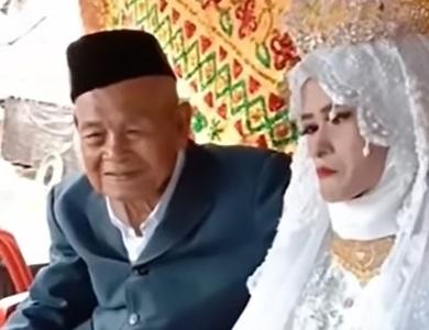 Cụ ông 100 tuổi cưới cô gái 20 tuổi làm vợ