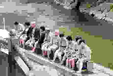 """Một ngày tới onsen Arima tắm """"dòng nước vàng"""", """"dòng nước bạc"""""""