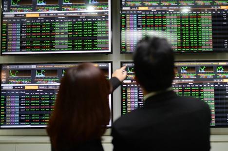 Chứng khoán tuần này: VN-Index sáng cửa trở lại đỉnh tháng 8?