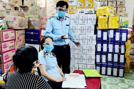 Đà Nẵng thu giữ hàng chục nghìn bánh Trung thu nhập lậu từ nước ngoài