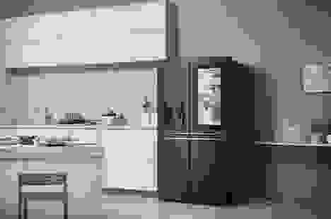 LG bán được 1 triệu tủ lạnh thông minh tích hợp màn hình cảm ứng InstaView
