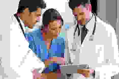 Lương bác sĩ ở quốc gia nào cao nhất?