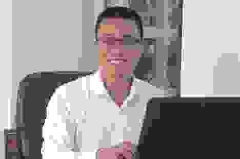 Chuyện về tiến sĩ trẻ theo đuổi ước mơ người dùng Việt được dùng giá sạch