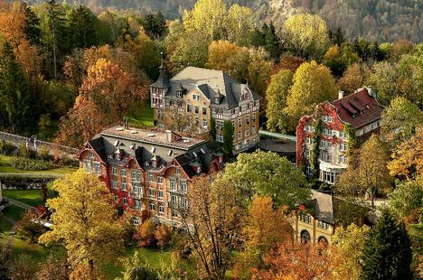 """Top 6 trường nội trú """"sang chảnh"""" bậc nhất Thụy Sĩ"""