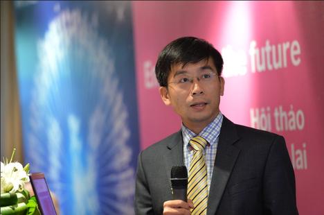 Giáo sư người Việt được Hội Kỹ thuật Hoàng Gia Anh vinh danh