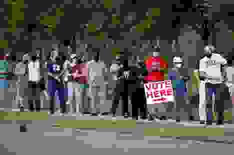 Bầu cử Mỹ 2020: Cử tri ủng hộ ông Biden đổ xô bỏ phiếu sớm