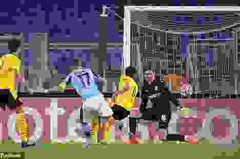 Erling Haaland ghi bàn, Dortmund vẫn trắng tay trên sân Lazio