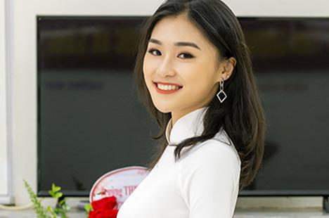 Nữ đại sứ xinh đẹp, thích làm thiện nguyện trường THPT Trần Phú