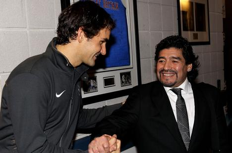Các ngôi sao quần vợt chia sẻ xúc động về Maradona
