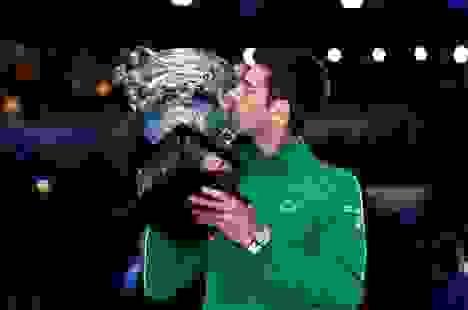 Novak Djokovic kiếm tiền giỏi nhất làng banh nỉ năm 2020