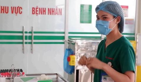 Trải lòng của nữ điều dưỡng Bệnh viện Nhiệt đới Trung ương