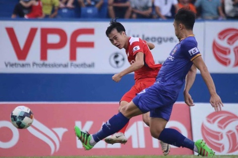 Các tuyển thủ Việt Nam đồng loạt tỏa sáng ở vòng 9 V-League