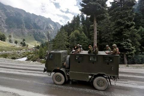 Ấn Độ nói Trung Quốc điều thêm 10.000 quân tới biên giới