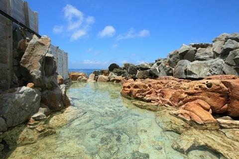 Suối nước nóng nắm giữ nhiều kỷ lục bậc nhất ở nước Nhật