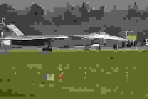 Chiến đấu cơ thế hệ 5 J-20 của Trung Quốc chỉ là hư danh