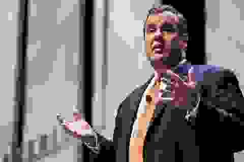 Thống đốc Mỹ xin lỗi vì gây ồn trên phương tiện công cộng