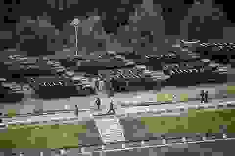 Triều Tiên tổ chức duyệt binh lớn chưa từng có