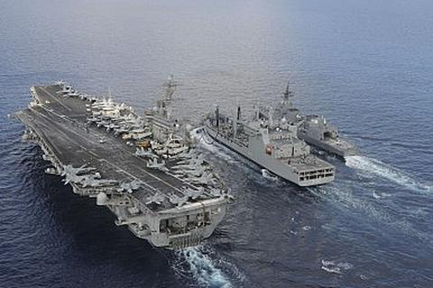 Hải quân Mỹ-Nhật lần đầu tập trận chung trên Biển Đông